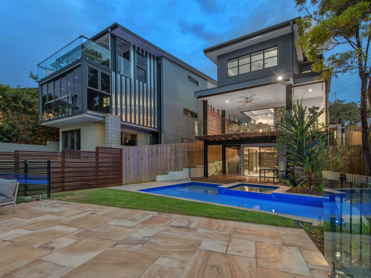 Real estate agent | Brisbane | Brisbane's prestige property market is booming